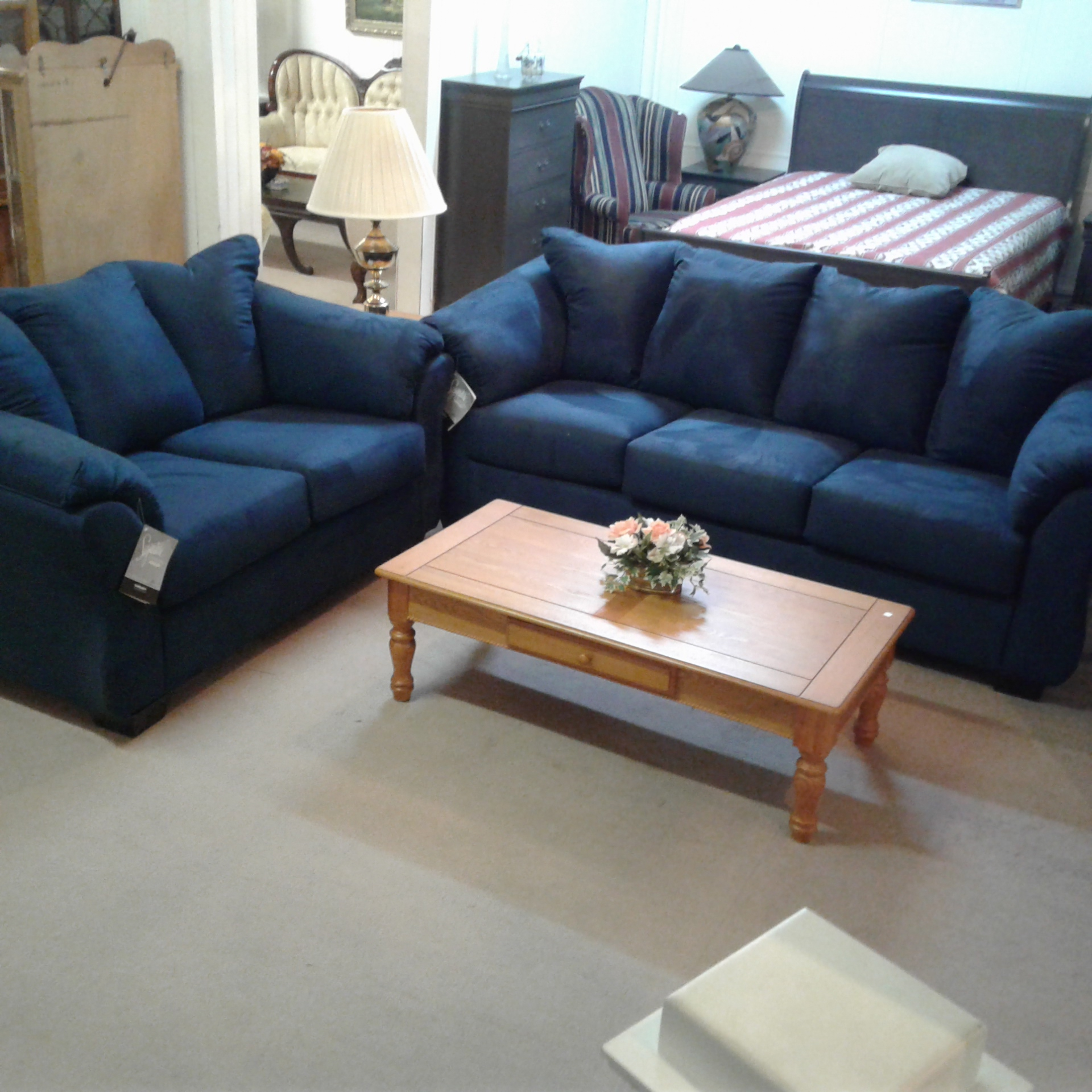 Ashley Furniture Brands: Living Room : BRAND NEW! Ashley Furniture Darcy Sofa And