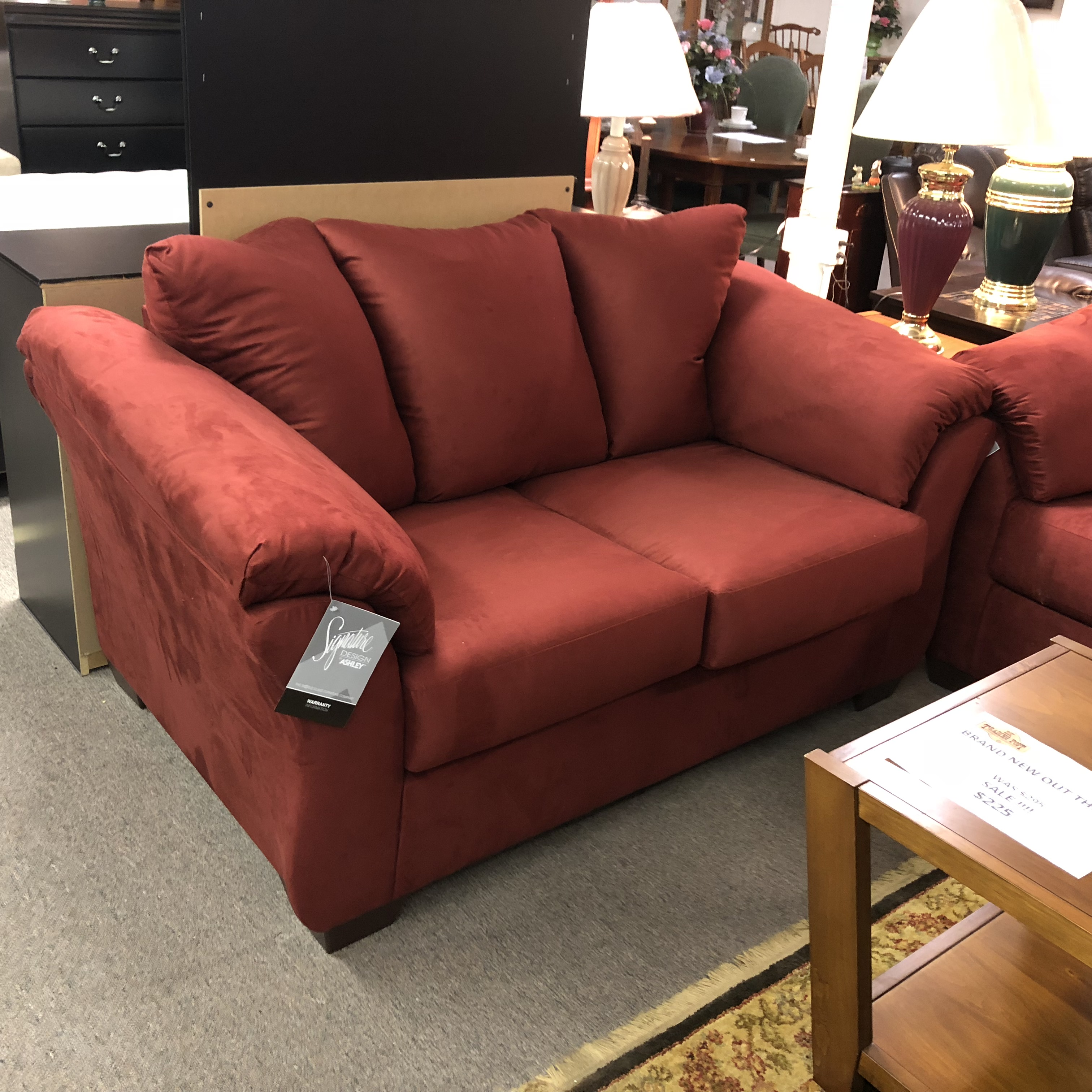 Peachy Living Room Brand New Ashley Furniture Darcy Sofa And Interior Design Ideas Apansoteloinfo