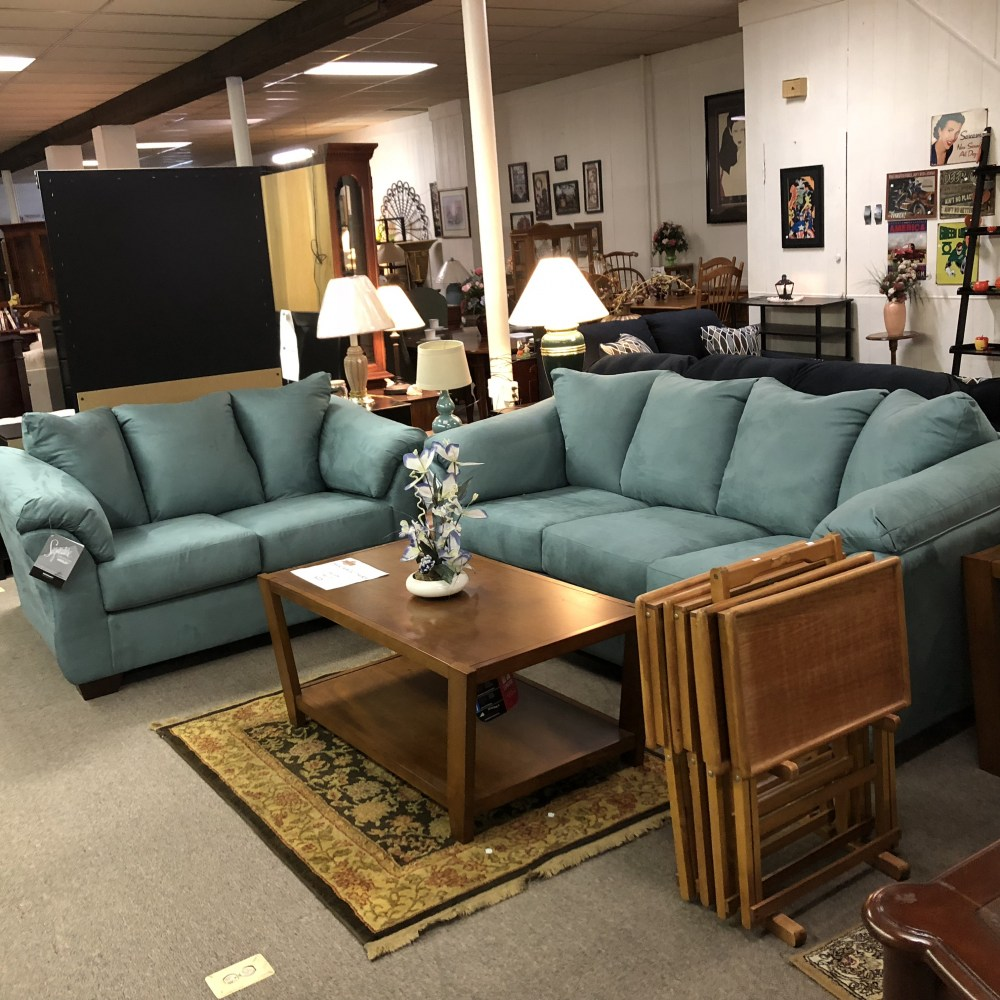 Ashley Brand Furniture: Living Room : BRAND NEW! Ashley Furniture Darcy Sofa And